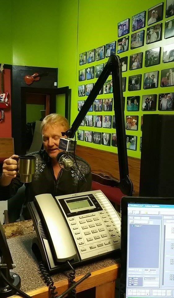 Bruce Hedrick Visits HLERadio.com